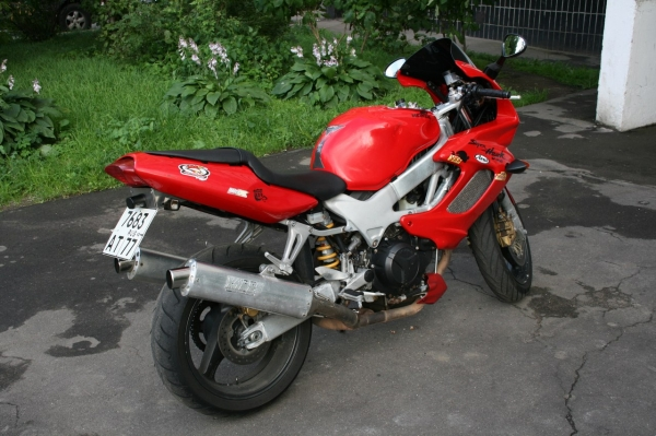 Honda VTR 1000 F Firestorm / Super Hawk